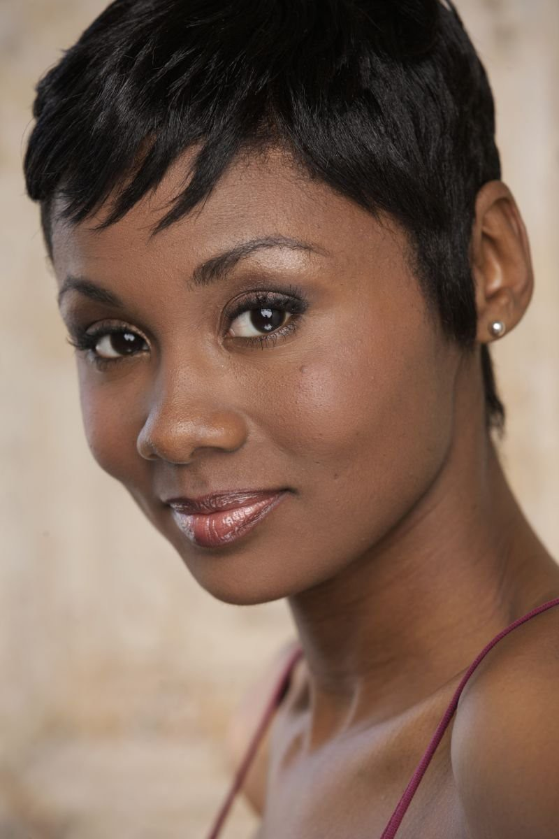 emayatzy-corinealdi