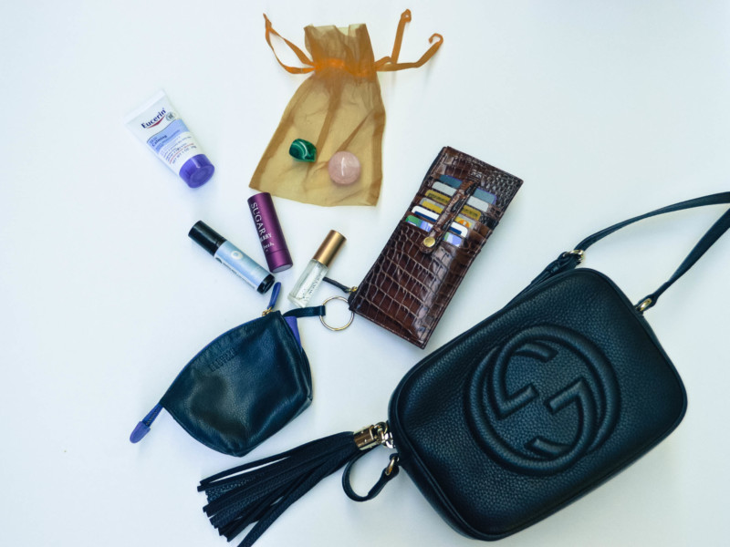 what's in my gucci soho bag?
